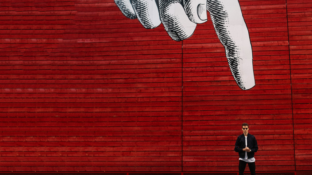 style division red street art akai