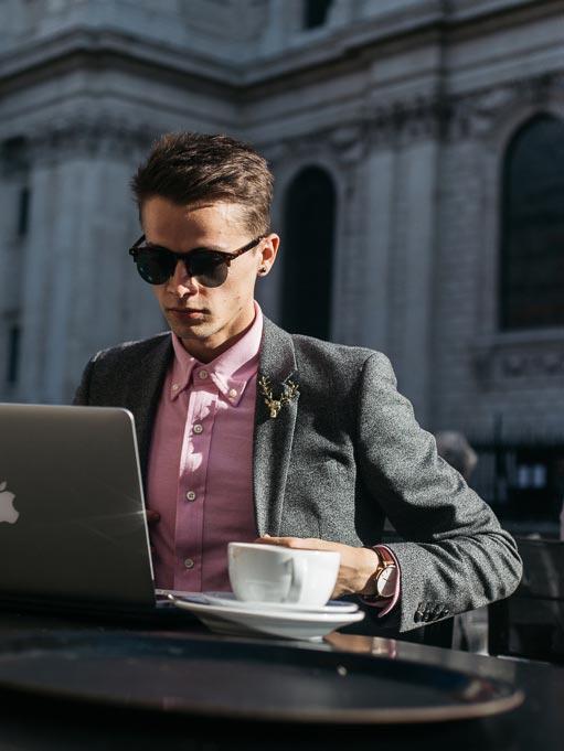 pink ralph lauren shirt blogger look