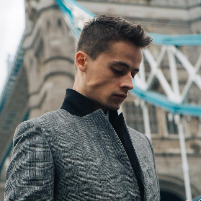 tower bridge london lookbook blogger