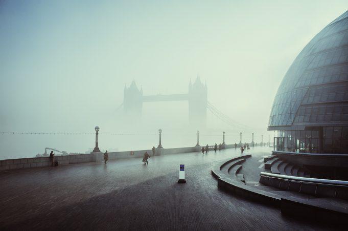 Tower_Bridge_in_the_fog vsco