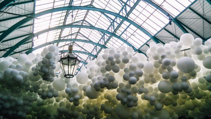 Charles Pétillon covent garden explore balloons