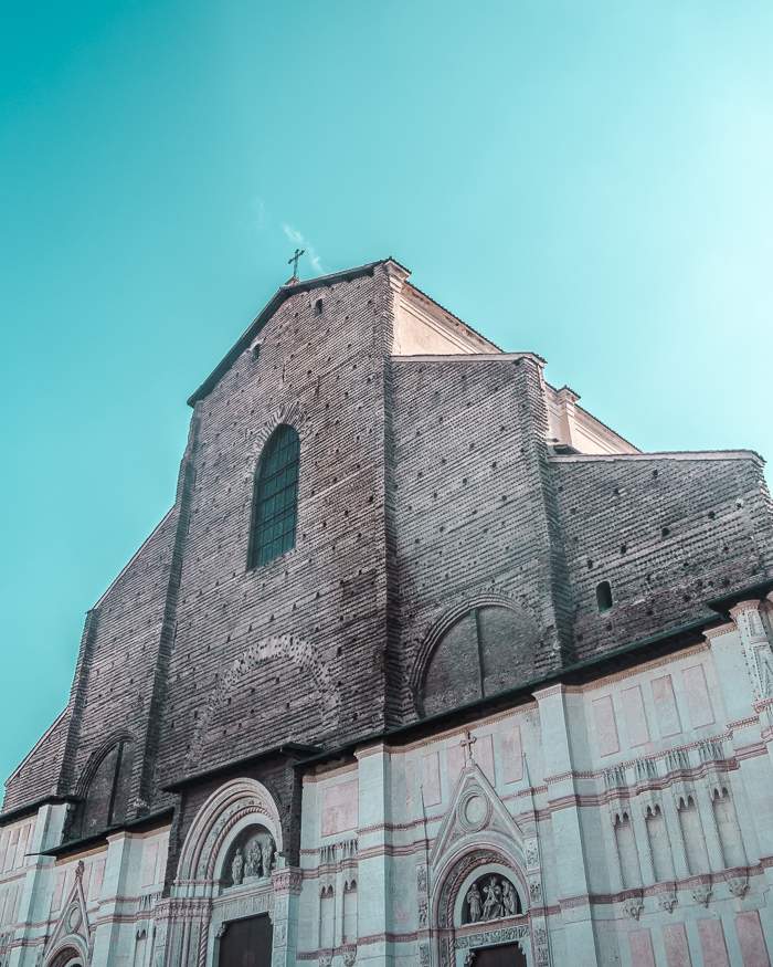 bologna art of visuals travel blogger italy-10