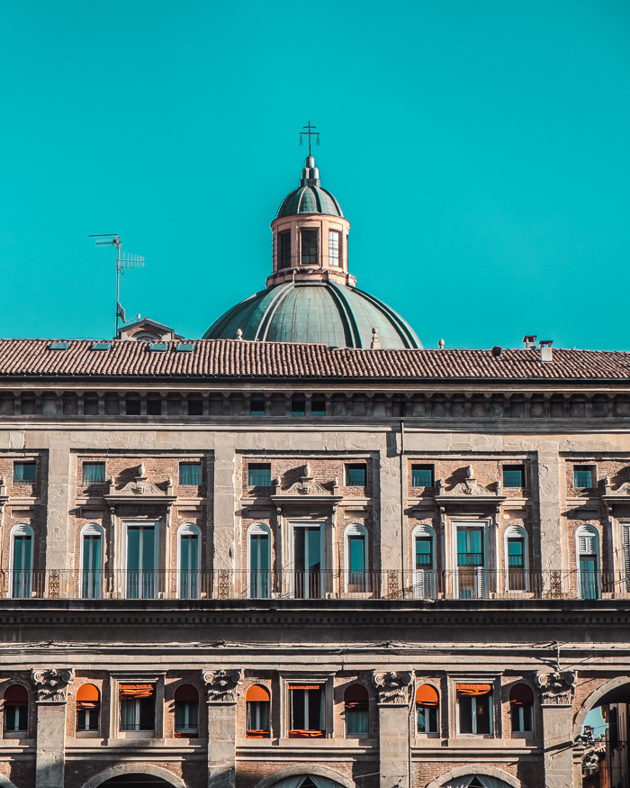 bologna art of visuals travel blogger italy-12