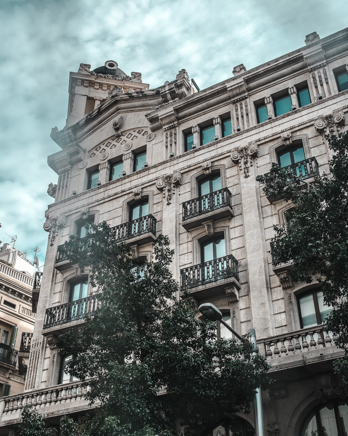 mr dee explores barcelona spain photography-21