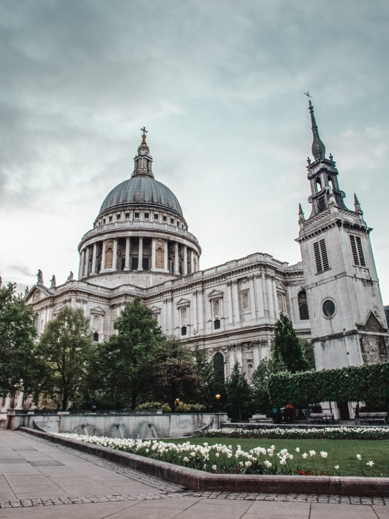 exploring london st pauls cathedral canon 5d dvsn-24