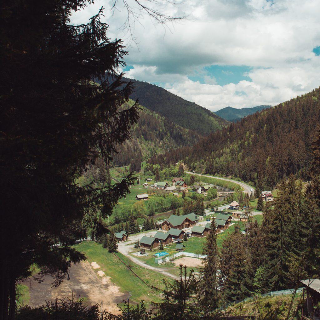 nature blogger mountains