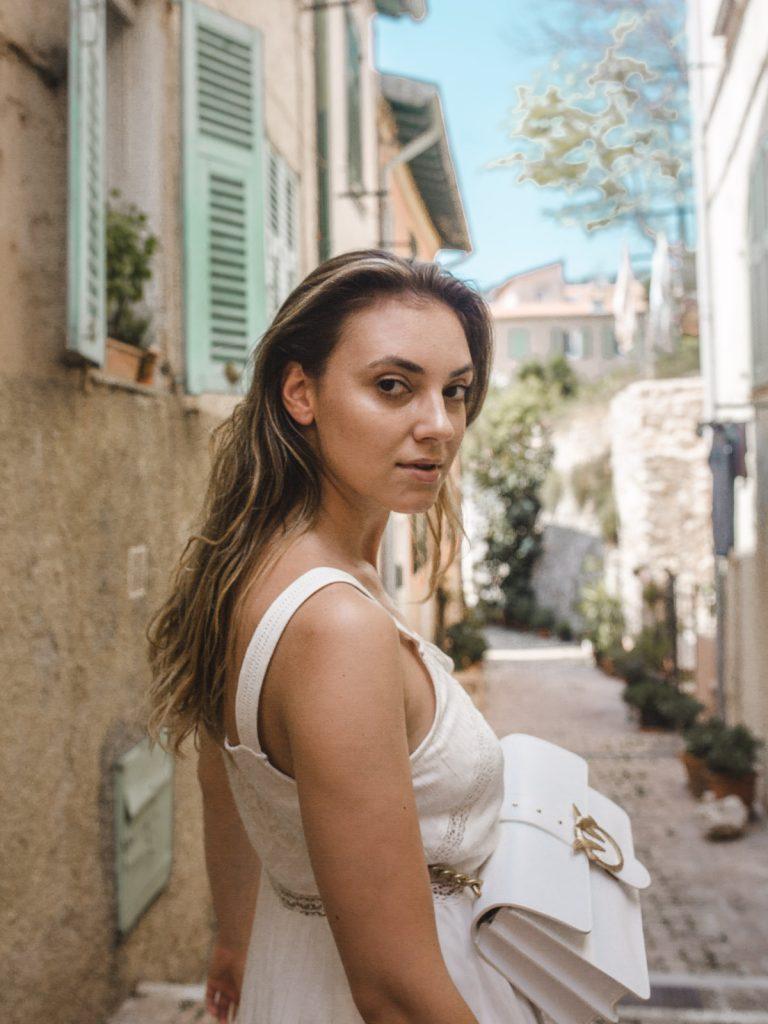 Stiletto ShadesStiletto Shades - Andreea Cristea