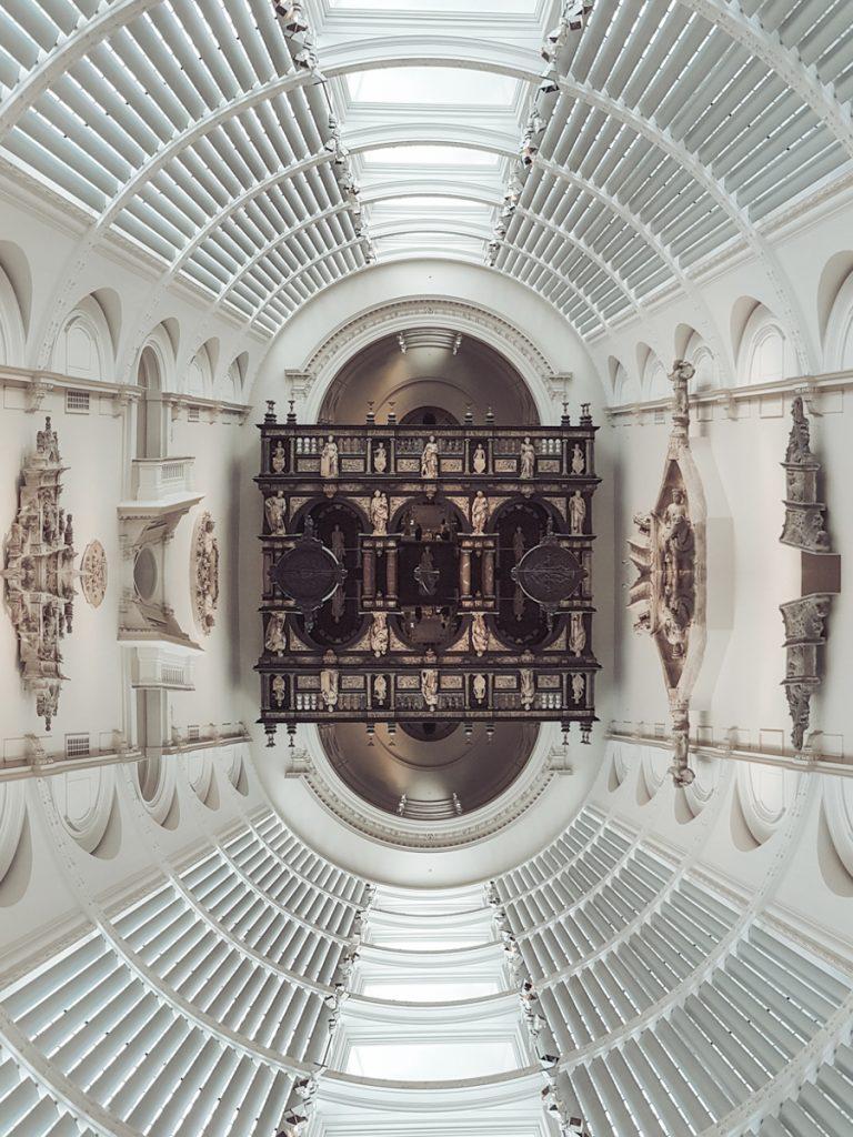 victoria albert museum symmetry