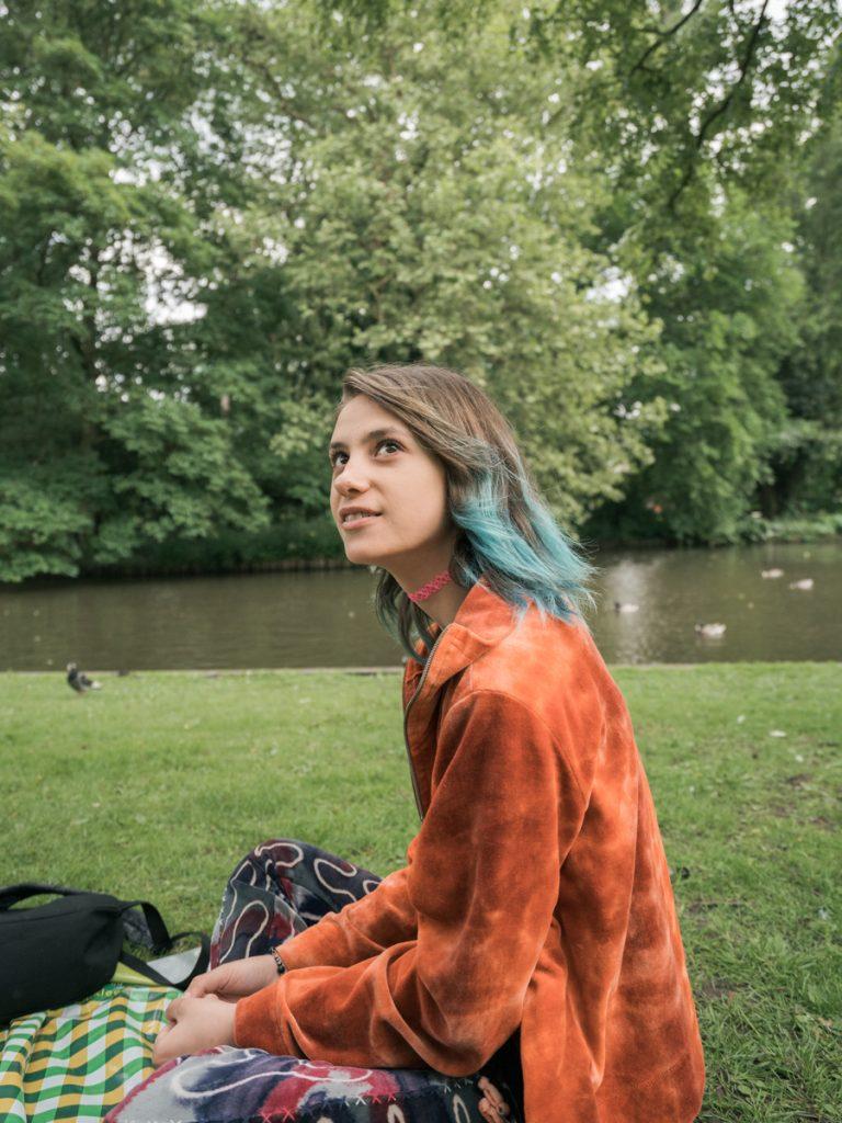 amsterdam girl park