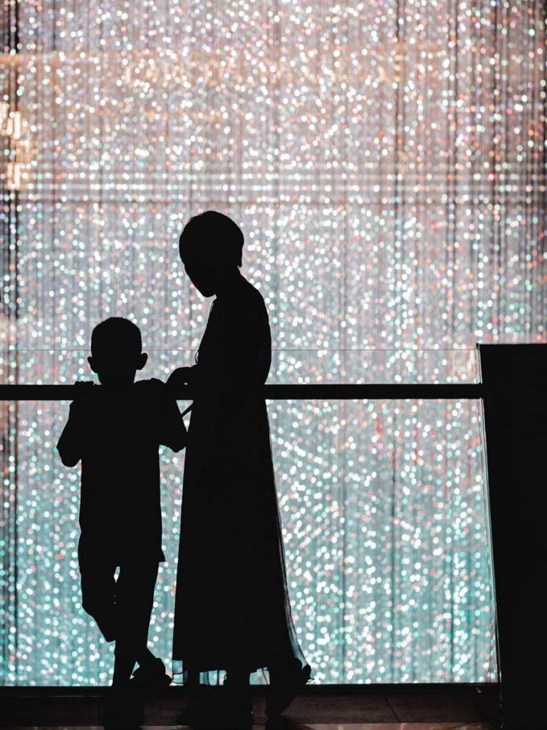 mum and son singapore silhouette
